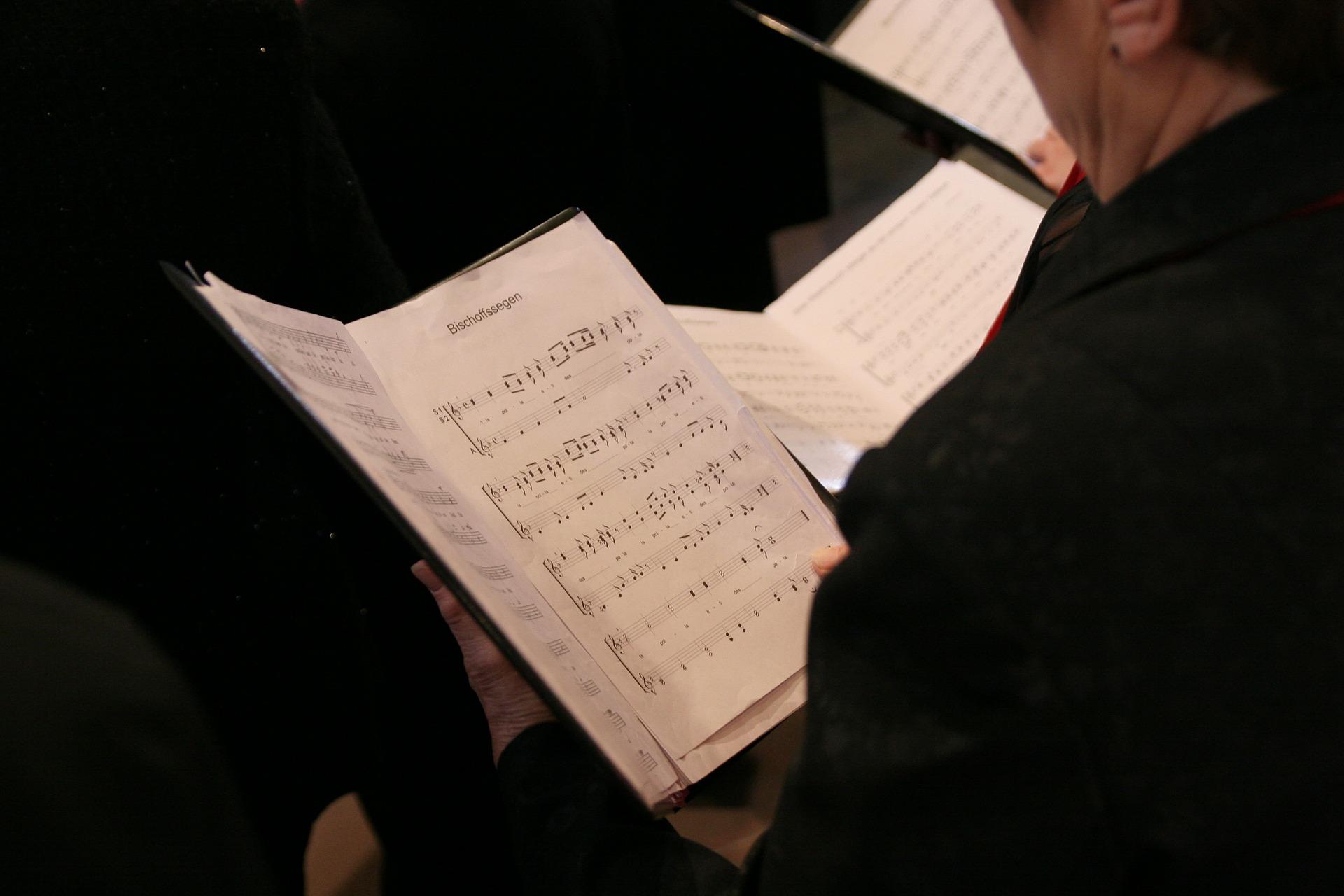 choir-408422_1920.jpg