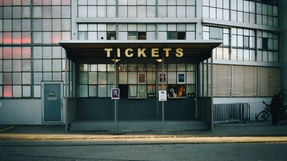 selling-tickets